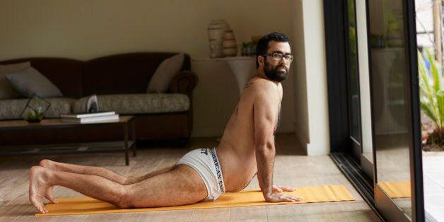 '에어리' 속옷 동영상 캠페인은 진짜 남자들의 섹시함을