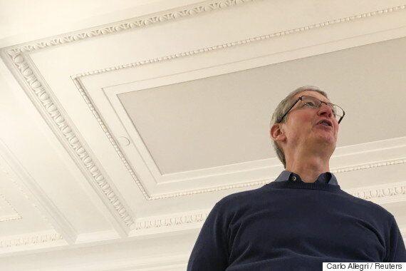 [해설] 승자 없는 휴전 : 애플-FBI '백도어' 논쟁 1라운드가 남긴
