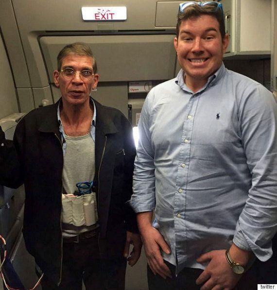 여객기 납치범과 '기념사진'을 찍은 영국 남성의 후기