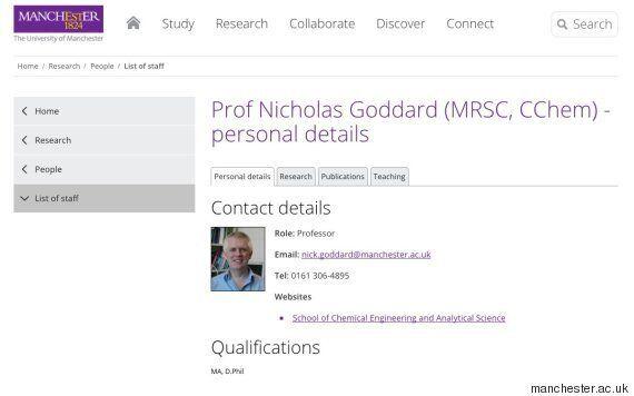 어느 영국 대학의 화학 교수님은 사실 포르노