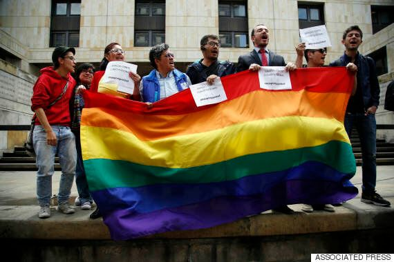 미국 연방대법원, 동성부부 친권 전국적 허용