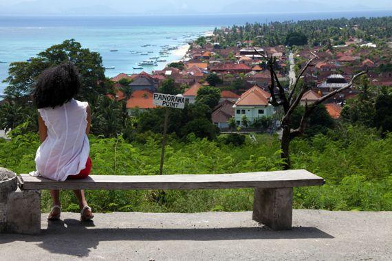 먹고 기도하고 쓰레기를 아무 데나 버려라: 발리 여행자들에 대한
