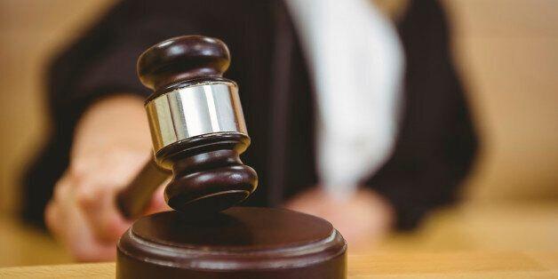 스페인 판사가 강간 피해자에게