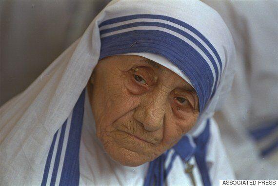 테레사 수녀는 성인이