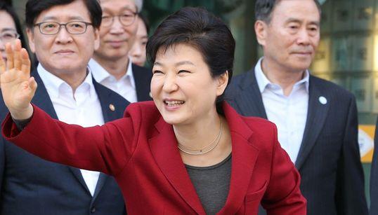 이것은 박근혜 대통령의 선거유세 장면이