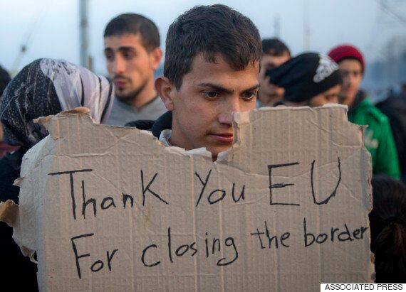 '불법 난민'은 돌려보낸다 : EU-터키 난민 송환