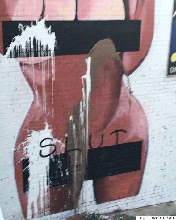 킴 카다시안의 누드 사진이 대형 벽화가