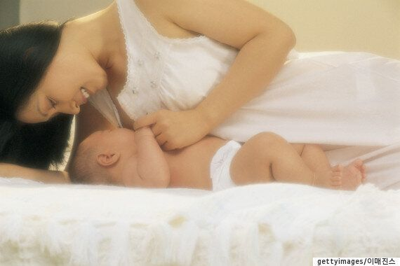 열혈 엄마도 참을 수 없는 '모유수유' 스트레스