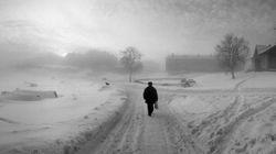 북구의 방랑자가 채취한 찬란한 은빛 세계 | 펜티 사말라티