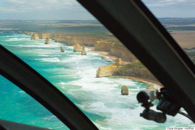 트레킹으로 시작해 헬리콥터로 끝나는 호주 '12 제자 투어'의 정말로 시원한