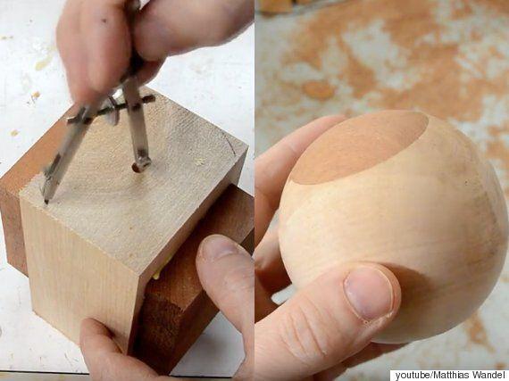 나무토막을 깎아 공을 만드는 과정은