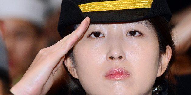 SK회장 딸 최민정 중위, 서해 최전방 NLL