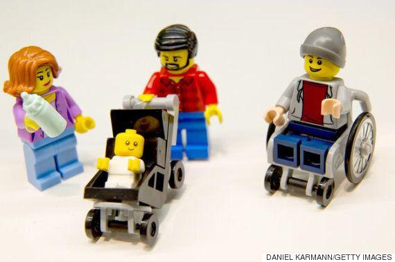 전통적인 성 역할을 깨부순 레고의 놀라운