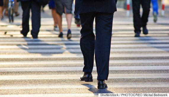 직원들의 건강 증진을 위해 운동량을 늘리는 교묘한 방책이 연구로