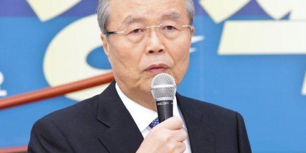김종인, 박근혜 이명박 정부의 눈덩이 부채에 직격탄을