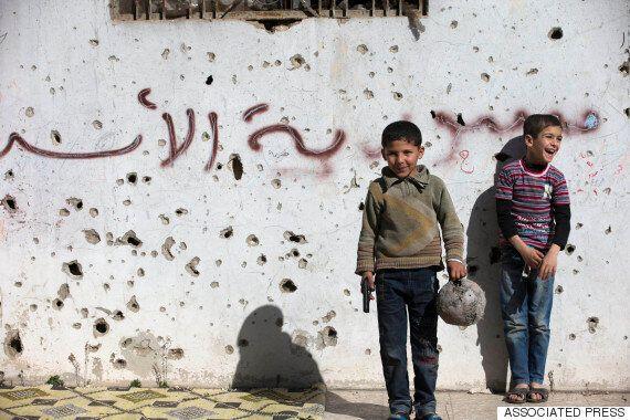 시리아, '불안한' 휴전이 개시되다 : 다음달 7일 평화협상