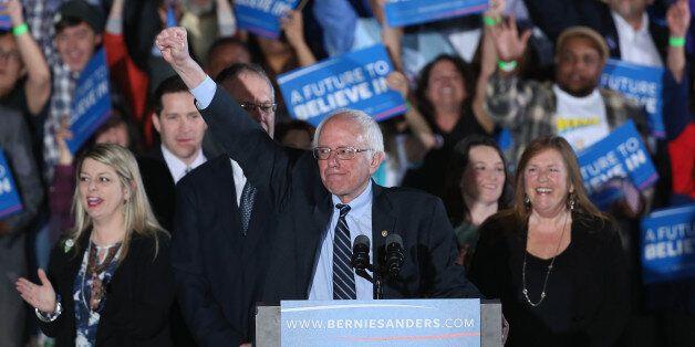 버니 샌더스가 미국 대통령 경선에서 승리한 역사상 첫 유대인이라는 역사를