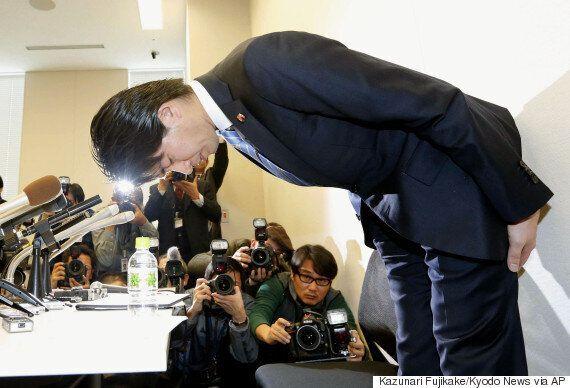 최초로 '육아휴직' 선언했던 일본 남성 국회의원의