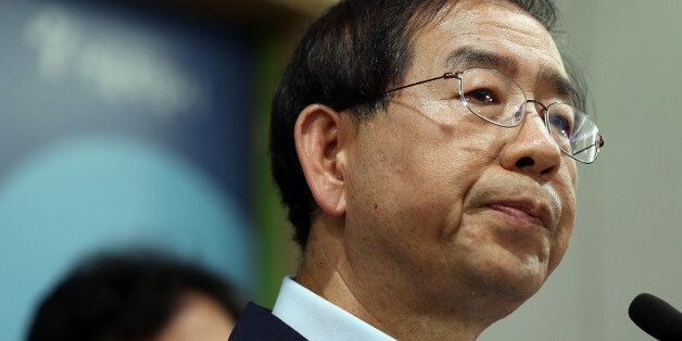 법원, 박원순 시장 아들 병역비리 의혹 제기한 이들에게 벌금형