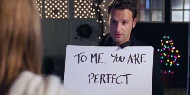 로맨틱 코미디 영화는 여성들에게 남성들의 스토킹이 찬사라고