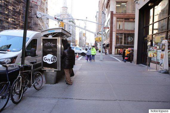뉴욕 한복판에 설치된 '자위행위' 부스(사진,