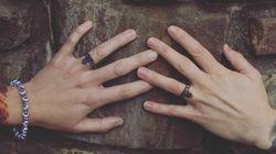 진짜 반지 대신 '타투 반지'를 선택한