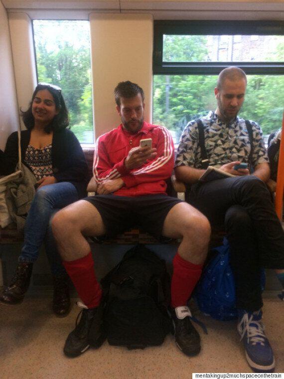 한 여자가 지하철 맨스프레딩(쩍벌남)들에게 직접 질문을