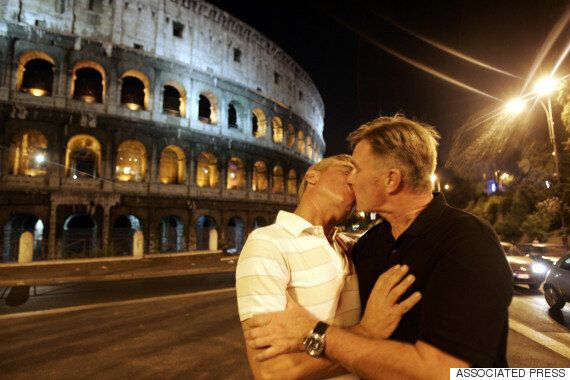 이탈리아가 마침내 동성결합 합법화를 추진