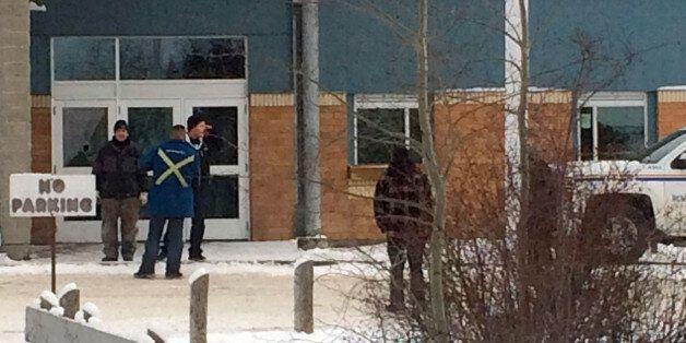 캐나다 학교 총격으로 5명