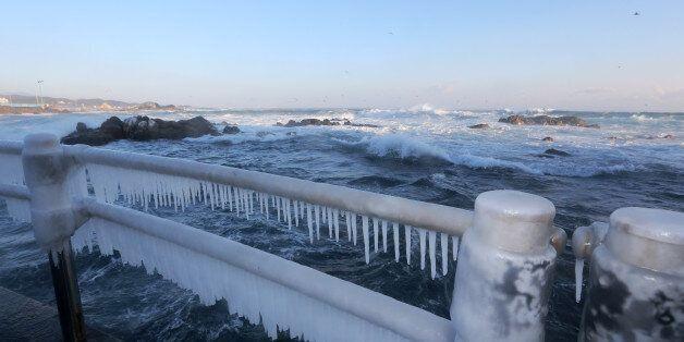 북극 한기 탓에 몰아친 맹추위 1주일 더