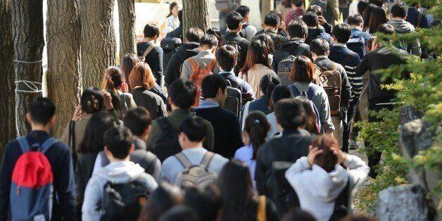 이것은 청년의 삶에 대한 이야기입니다   '서울 청년활동지원' 정책에 대한