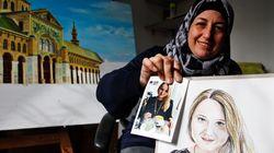 파리 테러 희생자를 그리는 난민 출신