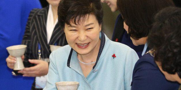 박근혜 대통령 지지율 5주만에