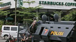 대낮 스타벅스에서 벌어진 자폭테러