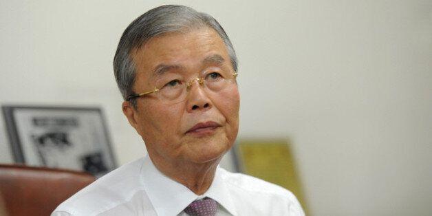 더불어민주당, 박근혜 대통령 '경제멘토' 김종인 선대위원장 전격