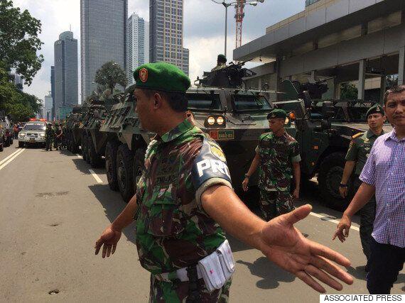인도네시아 경찰, 자카르타 테러범의 집에서 IS 깃발을