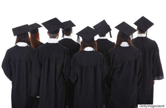 앞으로 10년간 가장 심각한 취업난을 겪을 학과 : 경제·경영
