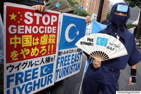 중국, 소수민족정책 비판한 프랑스 기자를