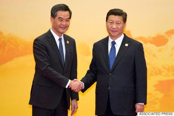 시진핑, 홍콩 행정장관과 만나 '상석'에 앉다 : 우려·논란