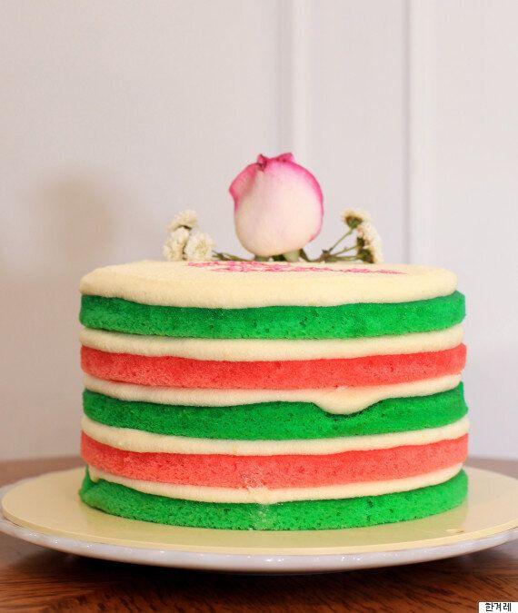 크리스마스에 더 없이 잘 어울리는 케이크