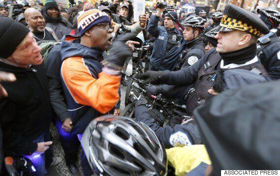 미 시카고 경찰, 흑인 2명 또