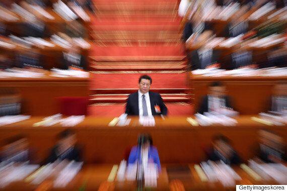 중국 시진핑, 정부에 막강한 권한 부여하는 '반테러법'에