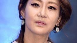 신은경 '거짓 모성애,' 초호화 해외여행' 논란에 입을
