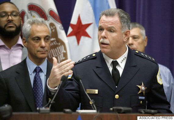 결국 시카고 경찰청장은