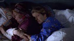 '러브 액츄얼리'에는 원래 레즈비언 커플의 에피소드가