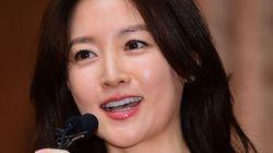 이영애, 군 부사관 음악회에 4억원