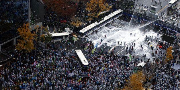 '시위대-경찰 충돌'에 파묻힌 민중총궐기 22개