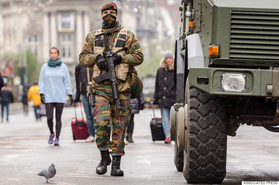 [화보] 최고단계 테러경보 내려진 브뤼셀의 초현실적