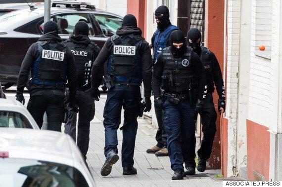 프랑스, 밤새 168건 수색 후 23명 체포·무기도