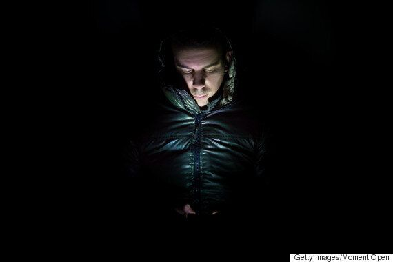 새누리당이 '테러 방지'를 구실로 '휴대폰 감청 허용법'을 밀어붙이고